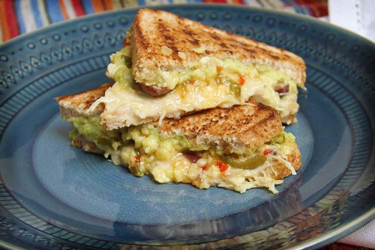 nuveg chicken mayo sandwhich